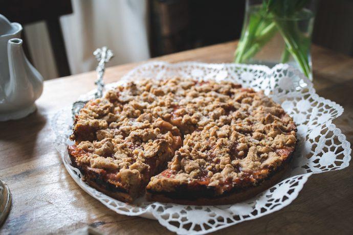 Veganer Rhabarber-Streuselkuchen