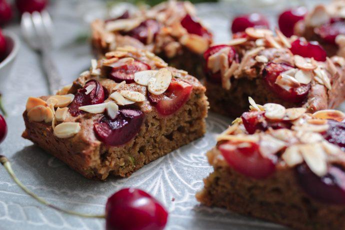 Veganer Kirschkuchen schnell & einfach