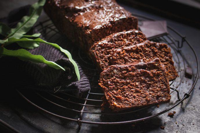 Süße Rezepte mit Trestern: Saftiger veganer Schokokuchen und fluffige Muffins