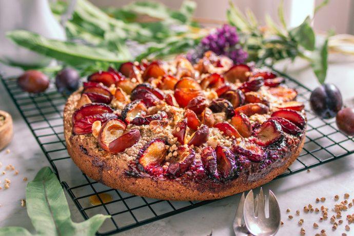 Einfacher veganer & glutenfreier Zwetschgenkuchen
